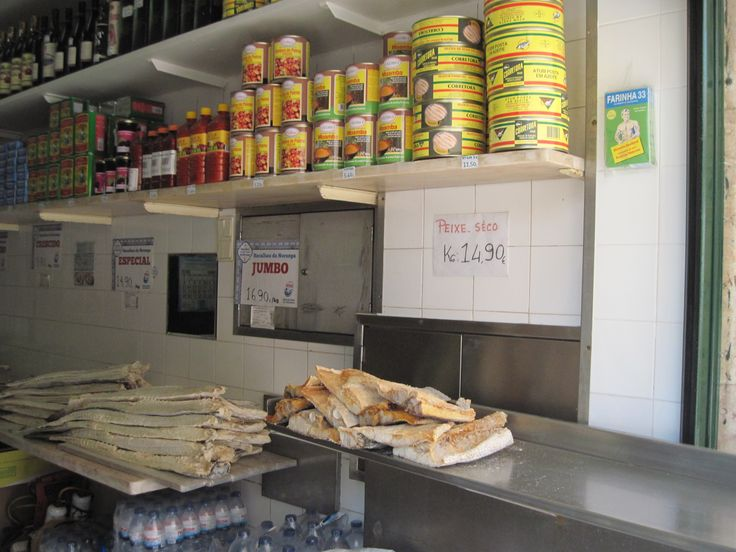 And here it is!  Mr Bacalhau in all its shapes: cans, dried fish, smoked fish and more...