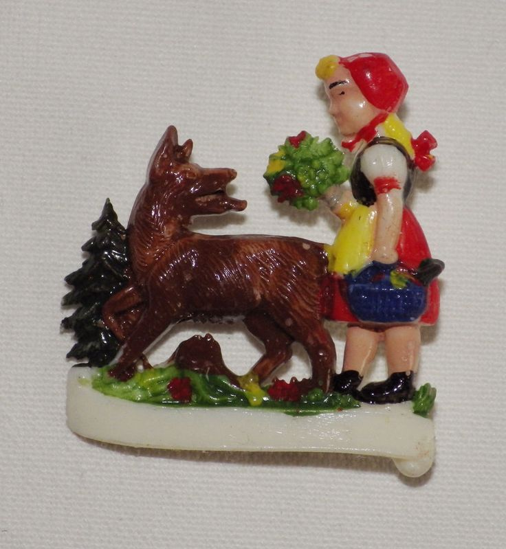 """VINTAGE """" little red riding hood and the wolf """" fary tale brooch from the 50th"""