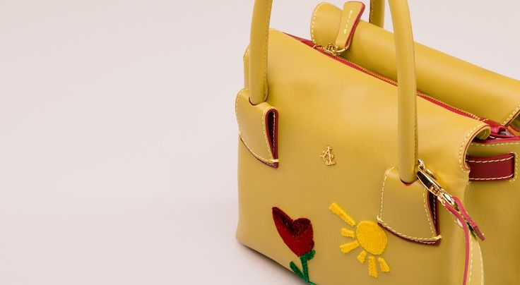Tulip bag - embroidery details