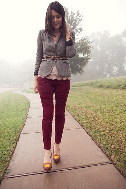 There's just something I love about this outfit: burgundy pants + pale pink lace blouse + belted blazer   Kendi Everyday