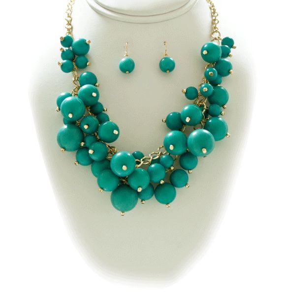 http://kareliafj.tictail.com/product/necklace-earring-set-goldsea-green