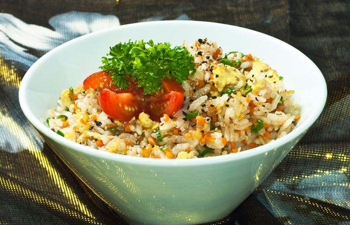 RECETA: Arroz frito con verduras en http://www.vox.com.mx/2013/08/receta-arroz-frito-con-verduras/