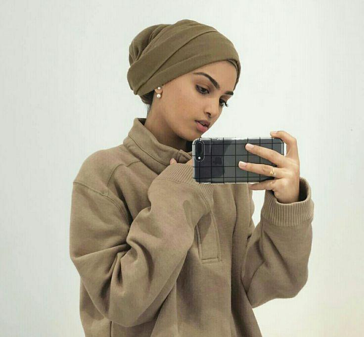 Turban Wrappin' | Nuriyah O. Martinez
