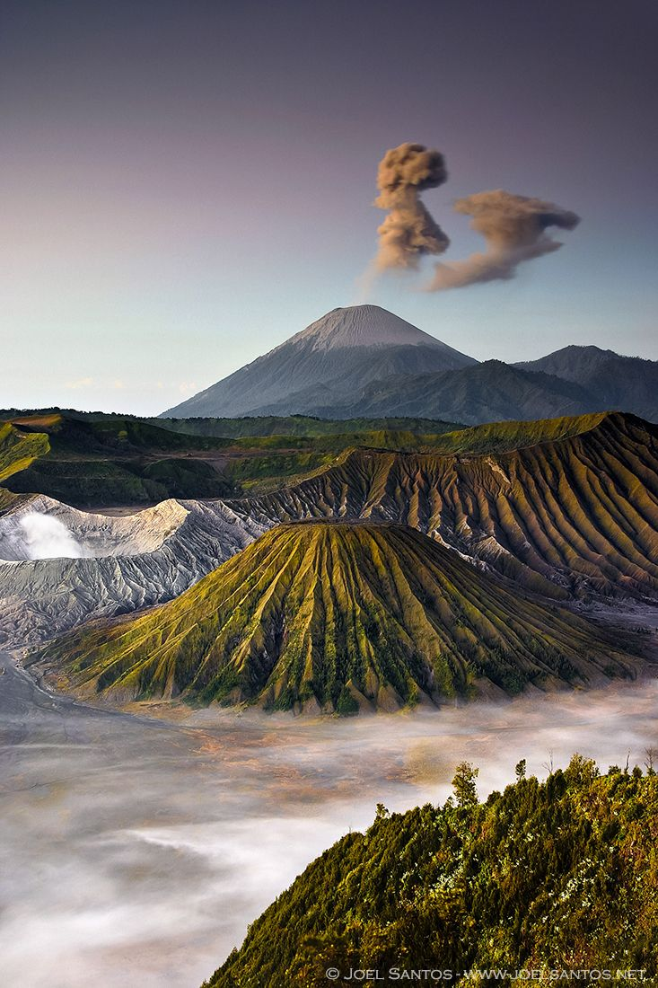 Mount Bromo at Bromo Tengger Semeru National Park - Cemoro Lawang, Indonesia (Southeast Asia) Bromo Mountain, Indonesia http://epictio.com