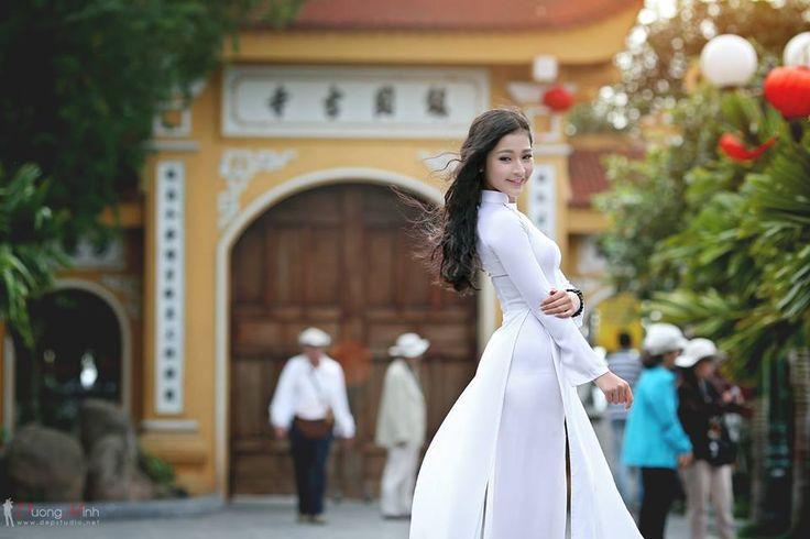 """Á khôi Duyên dáng Hà Thành bị tú bà gạ gẫm """"đi khách"""""""