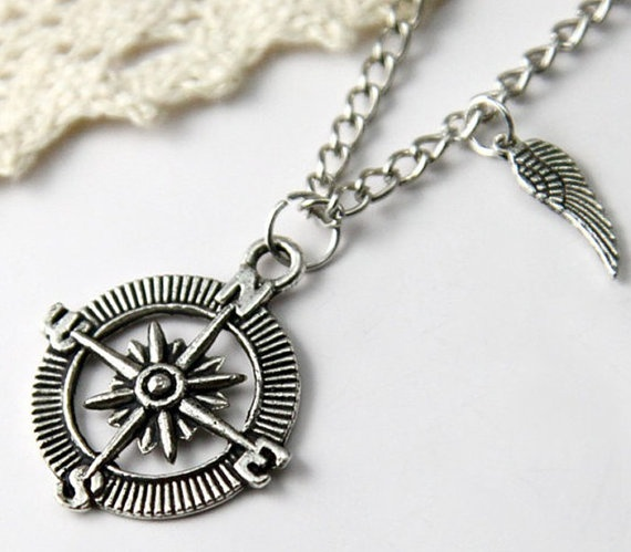 Personalized vintage style compass pattern Necklace, with a cute wing-antique silver