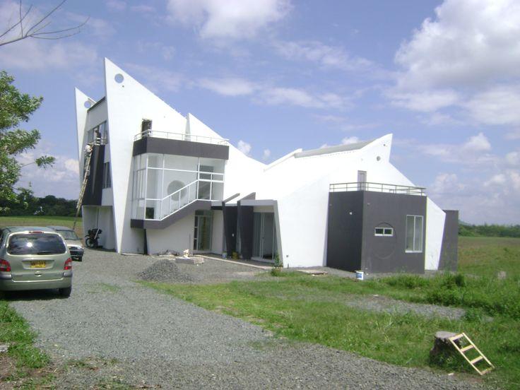 casa Daniel, fachada lateral. diseño arquitecto Rodrigo Medina Mesa. Pereira Colombia sector cerritos, la carmelita. cel 3007862656