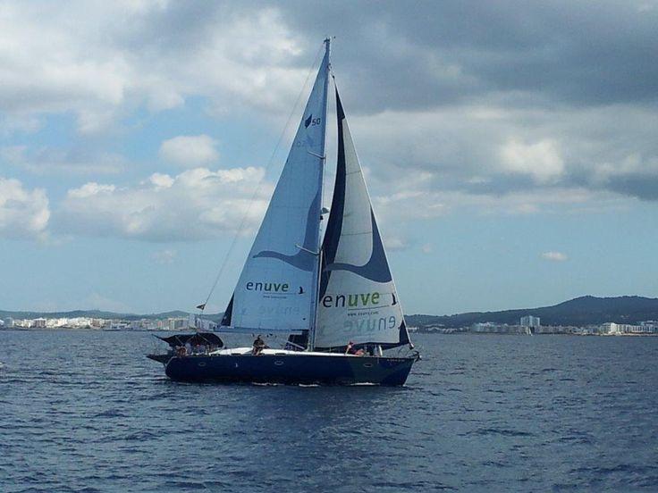 Alquiler barcos Ibiza baratos, velero Bavaria 50, 10 pax, 5 cabinasAlquiler Barcos Ibiza Alquiler veleros Ibiza Formentera catamaran www.charteralia.com