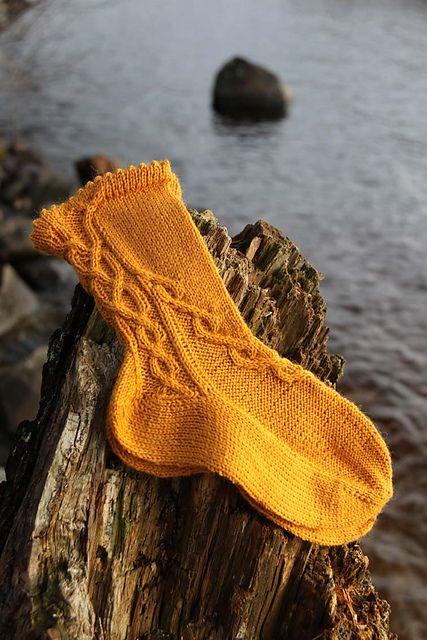 Ravelry: Arkadian Ulla pattern by Tiina Kuu  free pattern