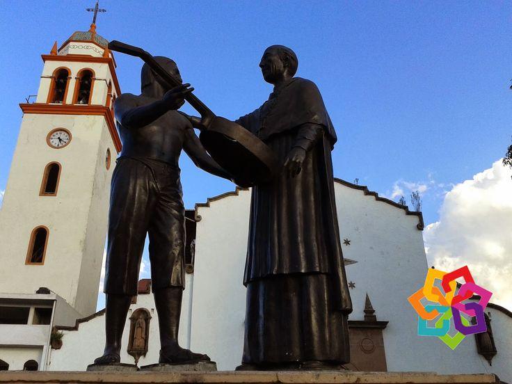 """MICHOACÁN MÁGICO La palabra Paracho significa """"Ofrenda"""" en Chichimeca, se encuentra a 158 kilómetros de Morelia y al Norte de Uruapan. Paracho es el corazón de la tierra Purépecha que durante la época de la colonia, fue República de Indias. http://erendiralosazufres.com/"""
