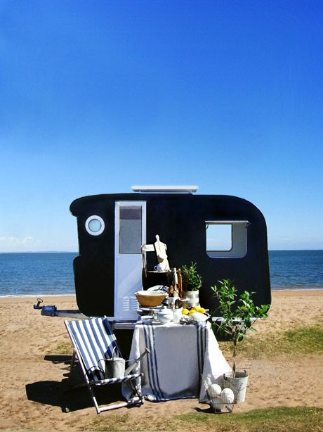 HolidayingGlamping, Beach House, Vintage Caravan, At The Beach, Camps, Tiny Trailers, Travel Trailers, The Sea, Vintage Campers