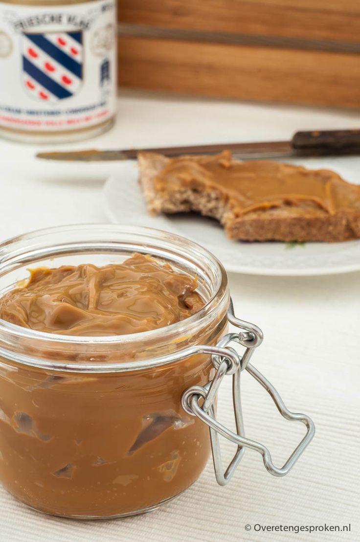 Dulce de leche - Zuid-Amerikaanse karamelpasta gemaakt van gecondenseerde melk. Lekker in desserts, gebak en op brood.