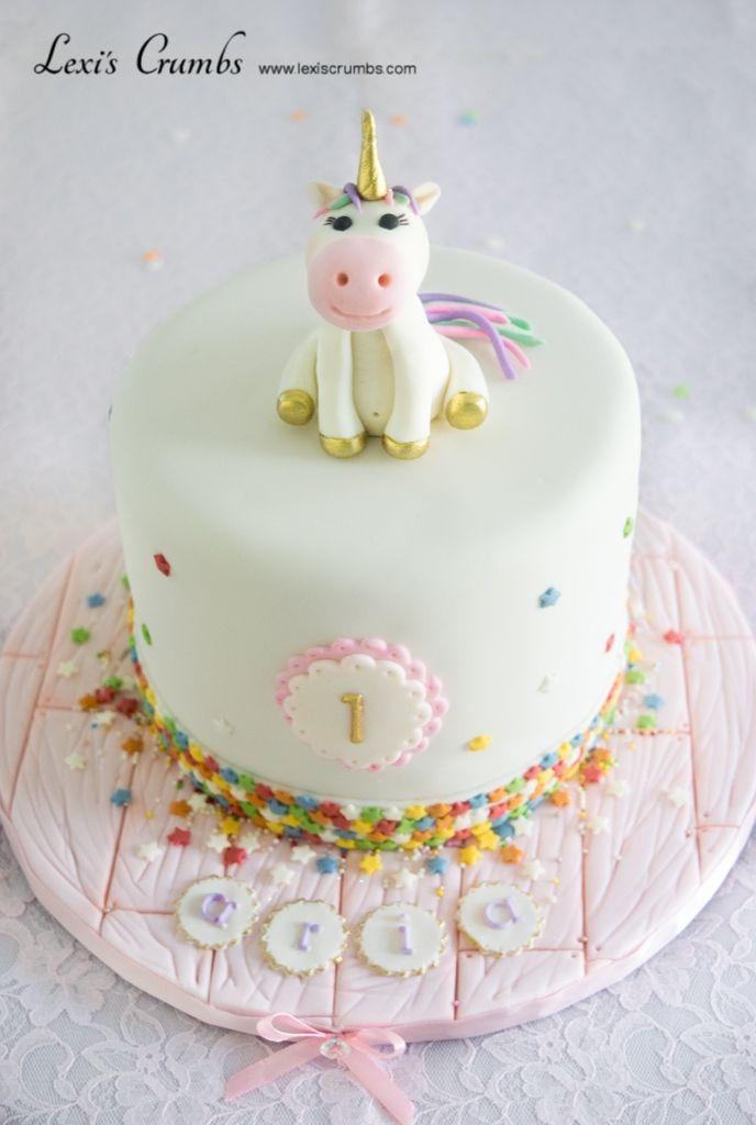 Unicorn birthday cake www.lexiscrumbs.com