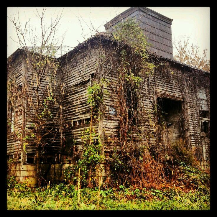 601 best images about abandoned schools on pinterest for Barn home builders indiana