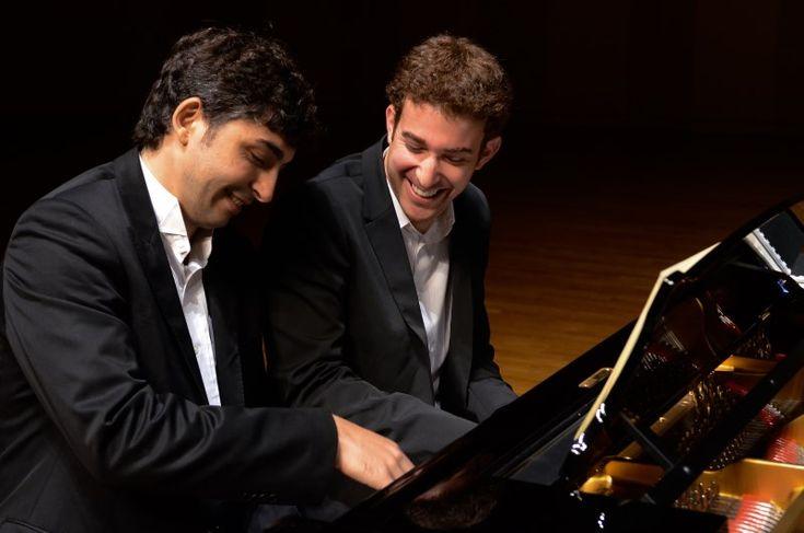 Pianistas Bishara Haroni e Yaron Kohlberg apresentam-se na Sala São Paulo.