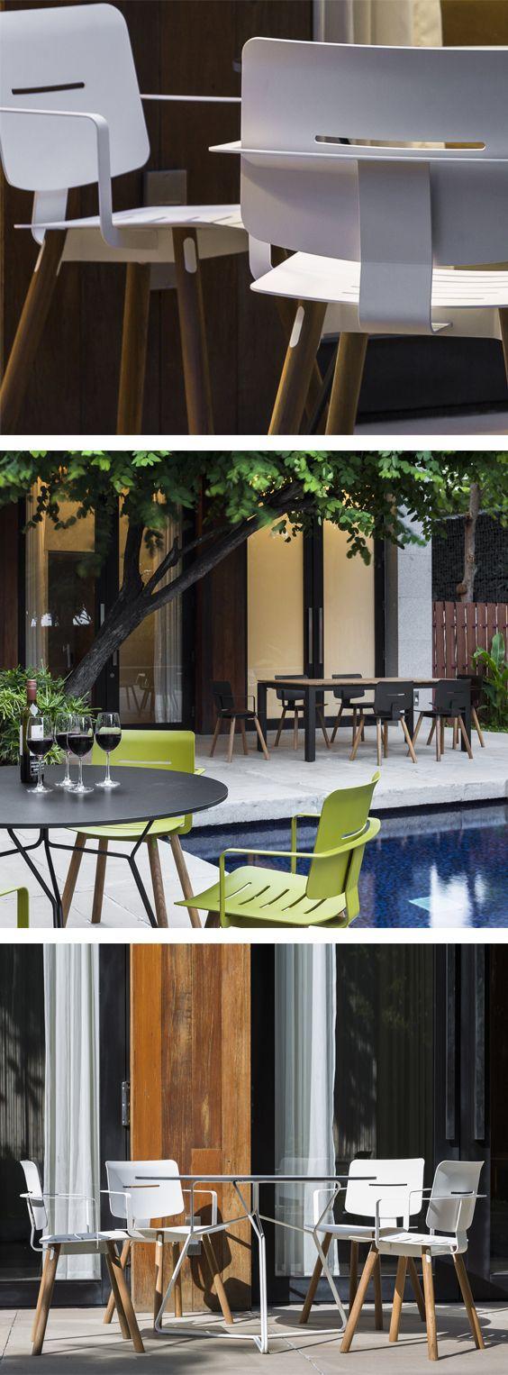 Ein zeitlos schicker Stuhl für Balkon, Terrasse und Garten der dank seiner Teakholz Beine und dem Aluminium draußen stehen bleiben kann.  #Gartenmöbel #Sessel #Stuhl #Balkonstuhl #Gartenstuhl #Teakholz #Terrasse #Garten #outdoor #modern #zeitlos #minimalistisch #minimalism #Inspiration #Inneneinrichtung #wohnstil #wohntrend #home #einrichten #wohnen #interiordesign #interiordecorating #Livarea #Oasiq