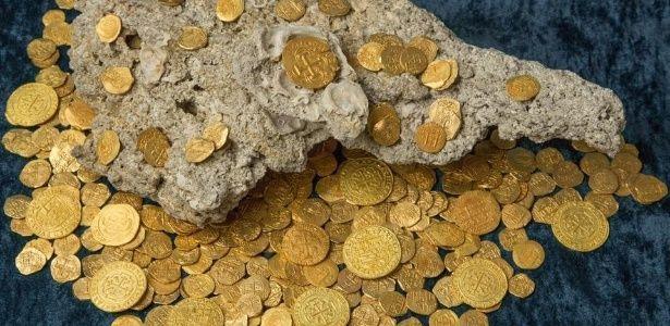 Caçadores de tesouros resgatam US 4,5 mi em moedas de ouro