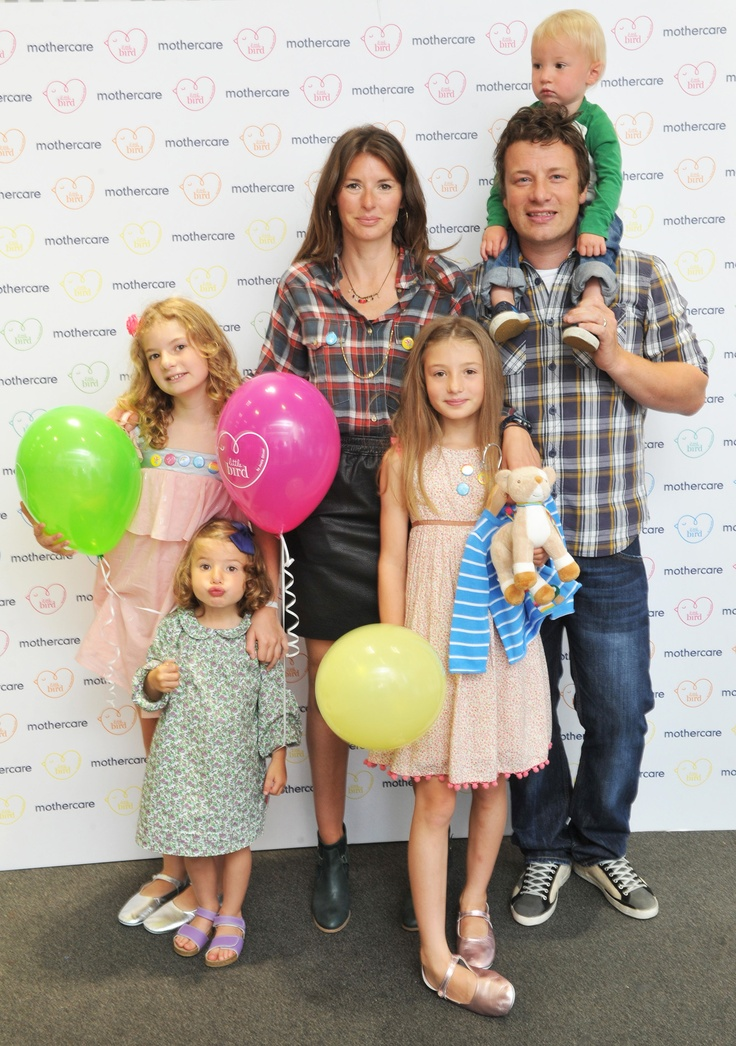 Family style! I love the Olivers! {Jools Oliver + her family at the Little Bird launch}