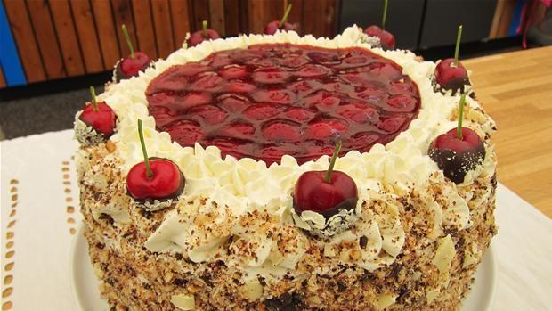 Rugbrødslagkage med kirsebær