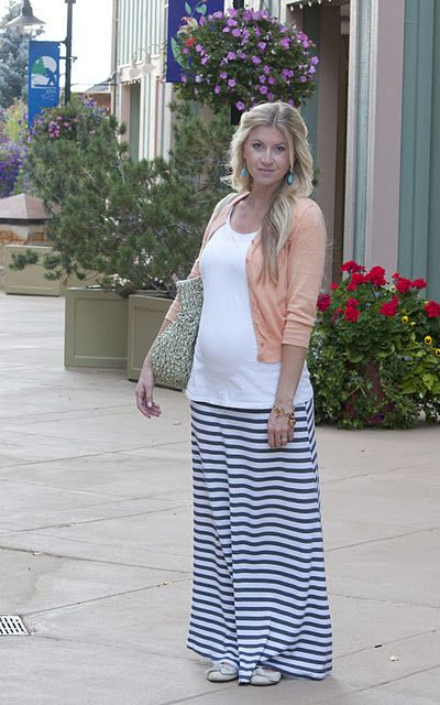 Cute casual maternity style -- if I had thought about being cute back then!