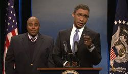 SNL Video: Fake Interpreter and Obama's Selfie