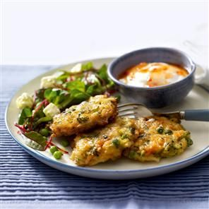 Courgette, pea and feta fritters with beetroot salad recipe. This speedy fritters recipe is equally delicious as it is satisfying.