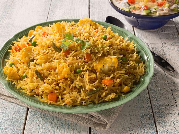 vegetable biryani recipe: Veg biriyani is the most popular healthy and delicious biryani. Follow our step by step recipe to make vegetable biriyani.