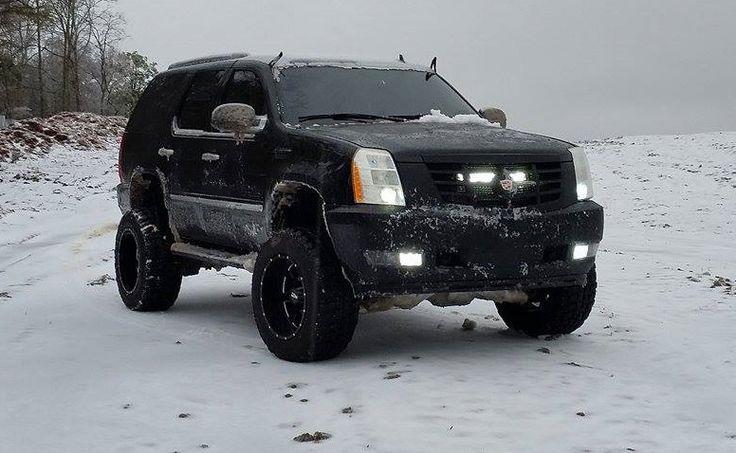 "2010 Cadillac Escalade - 7"" McGaughys Suspension Lift Kit, 20x12 Moto Metal 962 Wheels, 35x12.50R20 Federal M/T Tires"