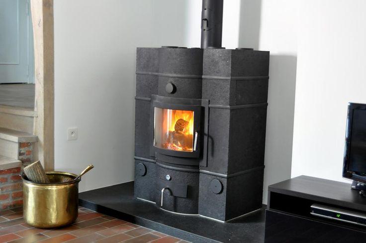 EC850: der Große Hohe Effizienz und viel Speichermasse, die es schafft auch riesige Häuse allein zu heizen. Ecco Stove - hüllt Ihr Haus in Wärme #EccoStove #Ecco #Stove #Speicherofen #Grundofen #heizen #Holzofen #interiordesign