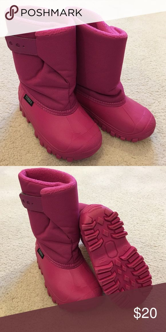 Tundra girls snow boots Girls snow boots. Only worn a few times. Excellent condition! Tundra Shoes Rain & Snow Boots