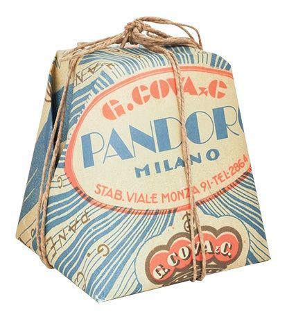 Pandoro (Pan d'oro – golden bread) is similar to Panettone, but contains no fruit. Here is nice classic panettone and pandoro packaging design from Panettoni G. Cova & C #grafica #design #packaging #storia #milano