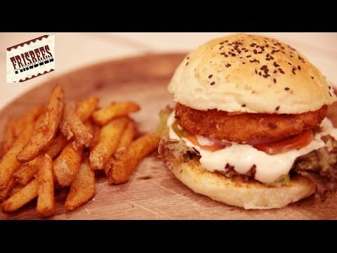 Our Foodistani decided to challenge her jaw with the #JamaicanChickenBurger and #CheesyBurger at #Frisbees in Bandra!