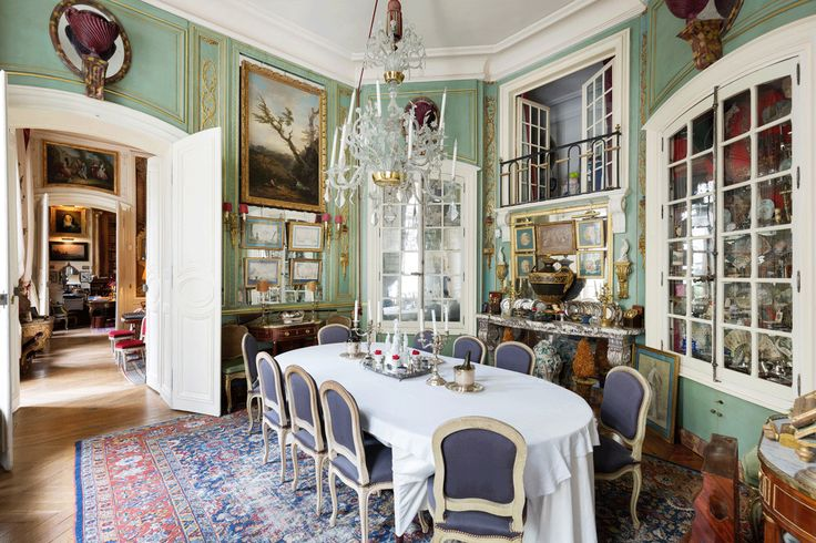 2324 best dining table images on pinterest interiors french interiors and french style. Black Bedroom Furniture Sets. Home Design Ideas