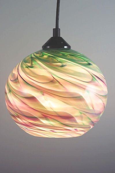 25 best ideas about globe pendant light on pinterest kitchen pendant lighting glass pendants. Black Bedroom Furniture Sets. Home Design Ideas