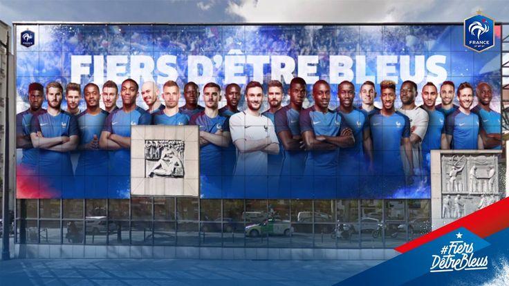 A J-6 avant l' UEFA EURO 2016, les Bleus s'affichent sur la façade de la FFF - Fédération Française de Football!   #FiersdetreBleus France-Ecosse, ce soir 21H, sur TF1