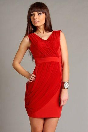Zmysłowa sukienka Vivienne w kolorze czerwonym