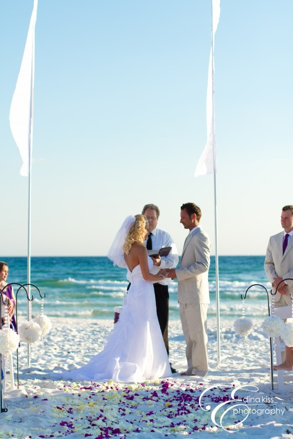 211 best images about beach bride on pinterest botanical for Wedding dress for beach ceremony