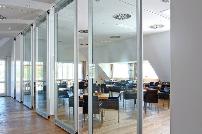 Modernfold operable partitions moveo classic moveo Glass wall door systems