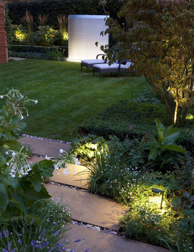 Fresh Garden lighting design by John Cullen Lighting Garten TerrasseLandschaftsbeleuchtungAu enbeleuchtungGartenbeleuchtung