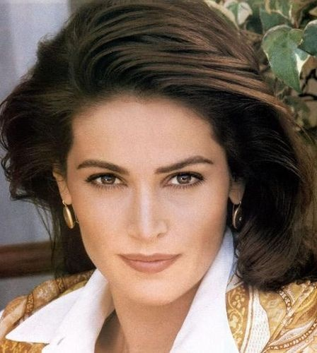 Kim Delaney... Great Actress Never give up