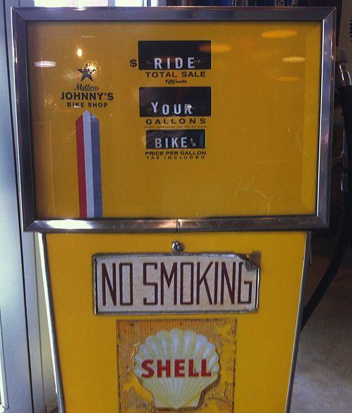 <3 city livingBicycles, Motorcycles Stuff,  Petrol Pump,  Gasoline Pump, Mellow Johnny, Bikes Shops, Gas Stations, Riding A Bikes, Gas Pumps