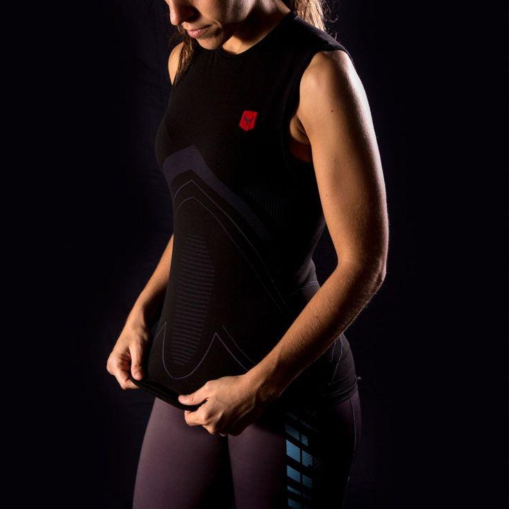 Usa nuestras nuevas camisetas #compresivas para tus entrenamientos de running, gym u otros deportes 🏃👌 Siente el efecto segunda piel y la tecnología #thermofresh para un óptimo rendimiento.