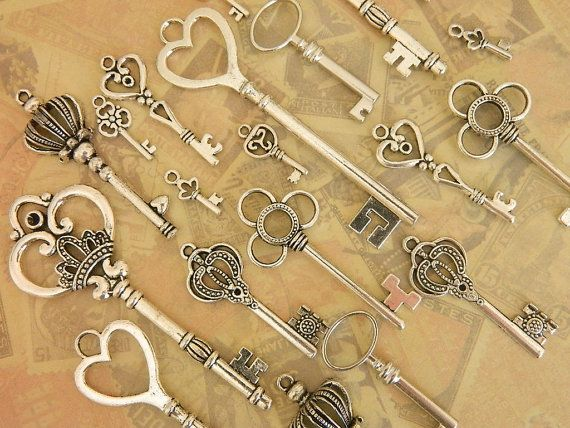 20 silver tibetan skeleton skeleton keys favor jewelry supplies Victorian steampunk silver tone keys craft supplies