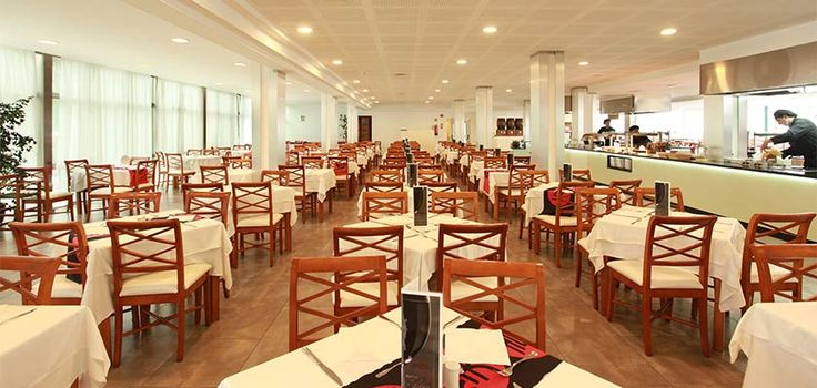 Restaurant Buffet in Alcudia Pins Hotel