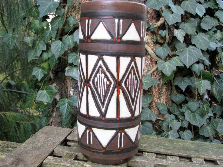 Vintage 1950s 1960s Vase – von der Trenck Kellinghusen Fayence – West German Pottery – Mid Century Modernist Home Decor – Ethno Style von everglaze auf Etsy
