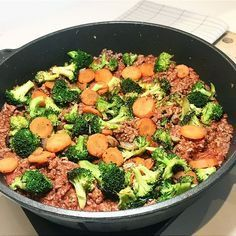 Pannerett med karbonadedeig og grønnsaker
