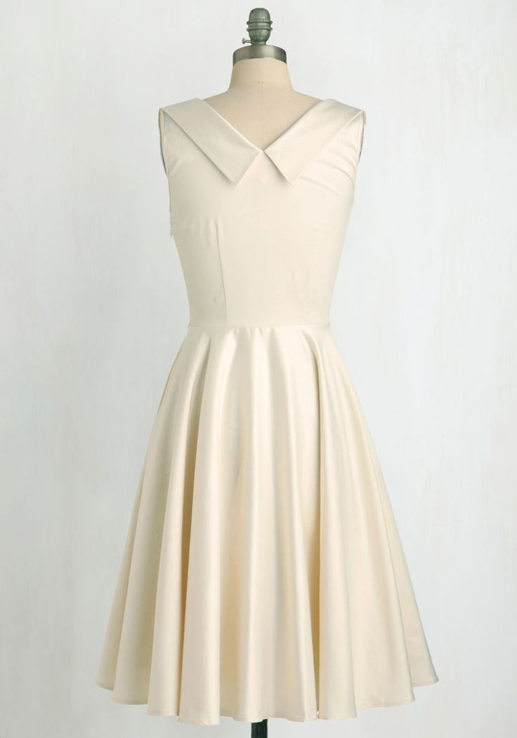 Aisle Be There Dress in Ivory. Whether your big day takes place in a park, your backyard, or City Hall, you're sure to look every bit the part of the glamorous bride in this gorgeous Trashy Diva dress! #white #wedding #prom #bride #modcloth