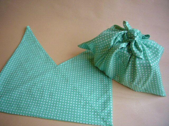 手縫いOK。あずま袋を作りませんか。楽しいあずま袋の利用例7選