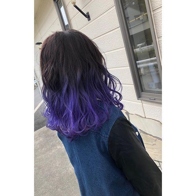 田代久巳 Hair Face Aliceさんはinstagramを利用しています ヘア カラー グラデーション バレイヤージュ ダブルカラー ブリーチ パープル バイオレット 紫 マニパニ おしゃれ 外ハネ 波ウェーブ N えぬどっと バーム ポリッシュ Long Hair Styles Beauty Hair