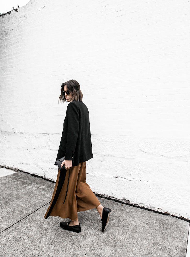 camel jumpsuit gucci horsebit loafer altewai saome mychameleon black minimal fashion blogger modern legacy YSL chain bag (2 of 15)